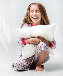 Schönes 10 Jähriges Mädchen : sch nes kleines m dchen im pyjama stockbild bild von bequem gesundheit 36417893 ~ Yasmunasinghe.com Haus und Dekorationen