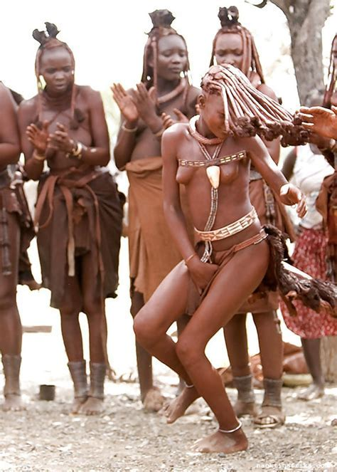 nackte schwarze frauen in afrika