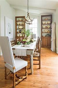 decorating dining room Stylish Dining Room Decorating Ideas - Southern Living