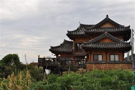 traditional korean house photo