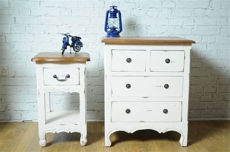 paint pine furniture shabby chic 37 best provence french painted pine images on pinterest provence provence france and french