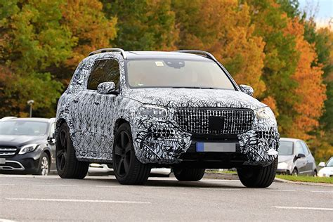 mercedes maybach gls 2020 2020 mercedes maybach gls meets mercedes gls in
