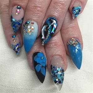 Day 238: Dolphin Nail Art - - NAILS Magazine