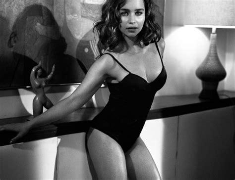 Hot Pictures Of Emilia Clarke Indiatv News