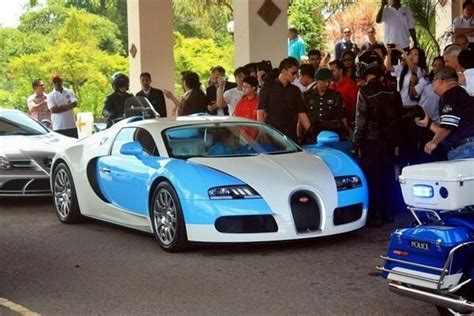 Bugatti Veyron Blue And White by Discover And Save Creative Ideas
