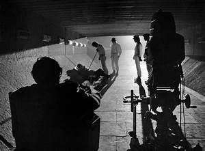 Kubrick directing A Clockwork Orange | The Critiques