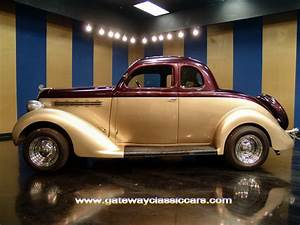1935 Plymouth 5 Window Coupe