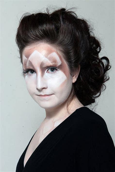 hairstyles  makeup ideas  vampires family holidaynetguide  family holidays