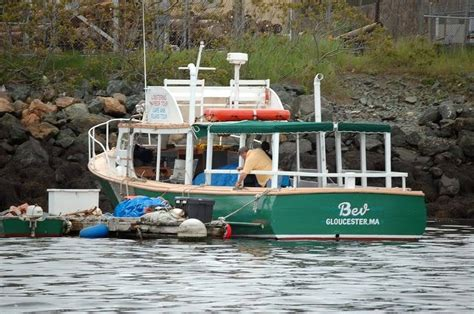 Lobster Boat No Limits by No Tourist Influx Yet The Hull Boating And