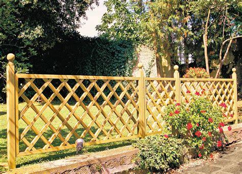 recinzioni di legno per giardini idee di recinzioni in legno per giardino image gallery