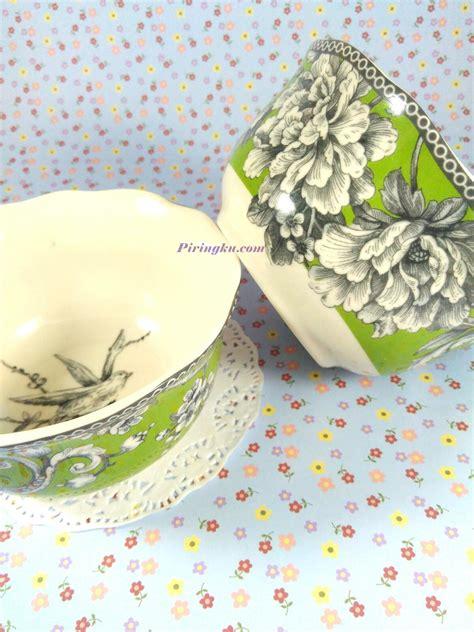 jual mangkok keramik cantik motif bunga hijau me1406
