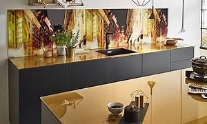 Farbe Für Arbeitsplatte : glasarbeitsplatten f r die k che arbeitsplatten bei k chenatlas ~ Markanthonyermac.com Haus und Dekorationen