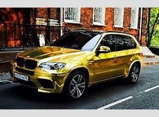 Russian adds bling to his BMW X5M car with golden sticker