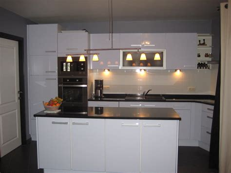 davaus net cuisine moderne plan de travail noir avec des id 233 es int 233 ressantes pour la
