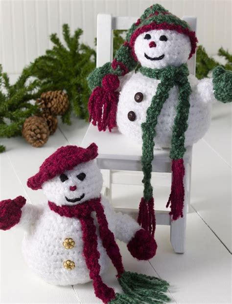 easy crochet christmas crafts mr and mrs snowman favecrafts