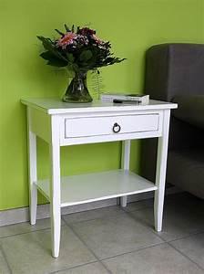 Beistelltisch Weiß Vintage : massivholz beistelltisch nachttisch konsolentisch holz ~ A.2002-acura-tl-radio.info Haus und Dekorationen