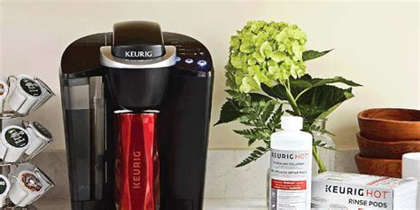 Properly clean the glass coffee pot part of your coffee maker using environmentally friendly household ingredients. How to Clean a Keurig Coffee Maker With Vinegar So You Don ...