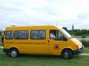 Minibus Ford : topworldauto photos of ford transit minibus photo ~ Gottalentnigeria.com Avis de Voitures