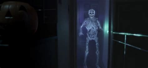 Halloween Hologram Projector Kopen by How To Supercharge Your Halloween Like A Pro With A