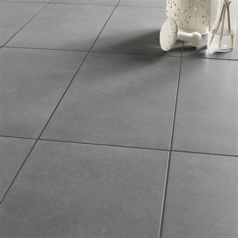 cevelle joint carrelage marron