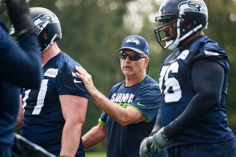 players  coach   seahawks plan  improve