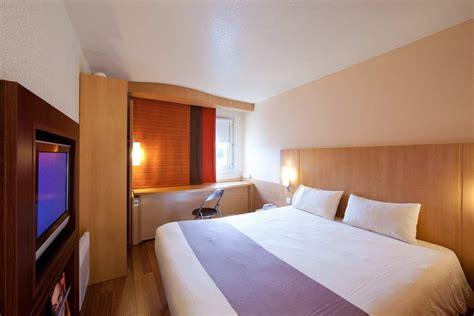 chambre d hote cergy hotel ibis cergy pontoise le port à cergy comparé dans 6
