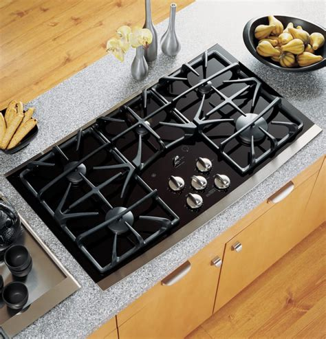 ge jgpsekss   gas cooktop   sealed burners precise simmer burners gas  glass