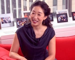 sandra oh yahoo video grey s anatomy s sandra oh talks truthful happy