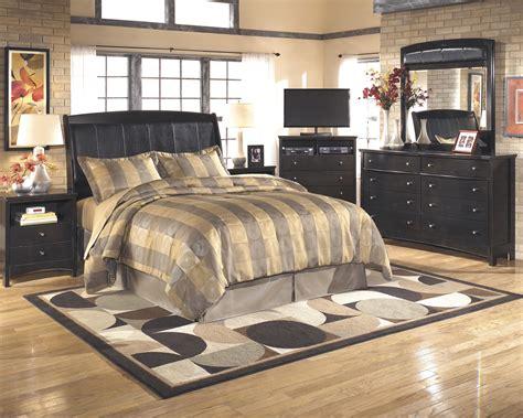 Signature Design By Harmony Bedroom