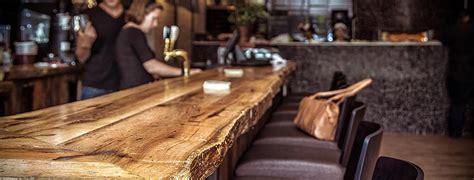 armoire de cuisine en pin a vendre bois antique bois de grange gris poutres fait