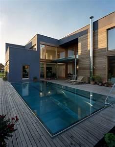 Moderne Häuser Mit Pool : einfamilienhaus mit urlaubsflair pool pinterest moderne h user h uschen und einfamilienhaus ~ Markanthonyermac.com Haus und Dekorationen