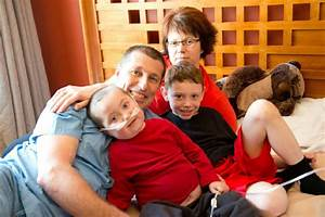 Father's Day surprise helps father see his sick son | The Star