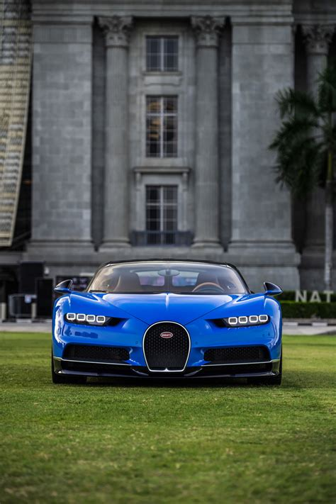 Bugatti Chiron lands in Singapore but owner can't drive it ...