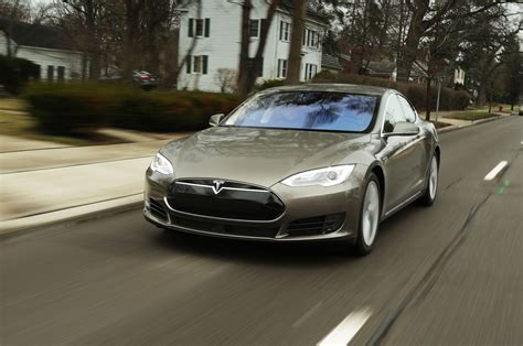 """New Tesla Model S P90d """"ludicrous Speed"""" Goes 0-60 Mph In"""