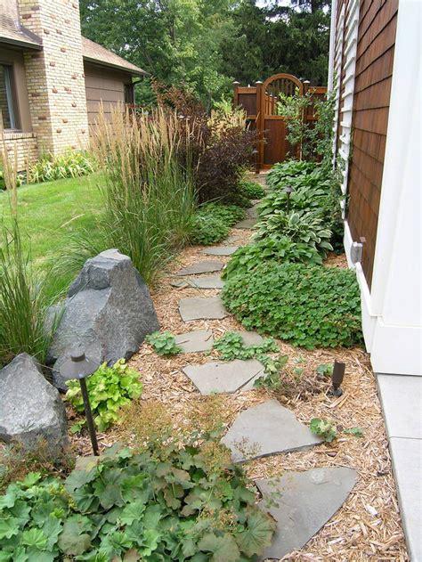 Backyard Walkway Ideas by Diy Garden Paths And Backyard Walkway Ideas The Garden Glove