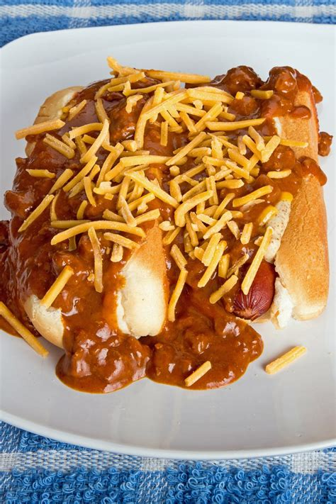 easy slow cooker chili cheese dogs kitchme