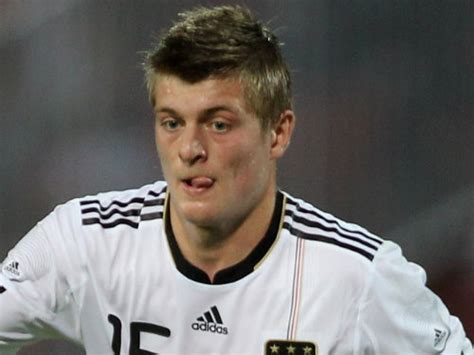 Chelsea Table €25m Midfielder Bid & Will Tempt Player With ...
