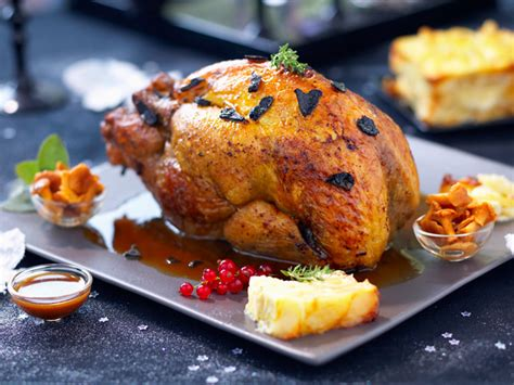 cuisine perigueux gourmet recipe roasted guinea fowl with périgueux sauce