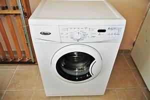 Machine À Laver À Pedale : machine laver linge whirlpool clasf ~ Dallasstarsshop.com Idées de Décoration