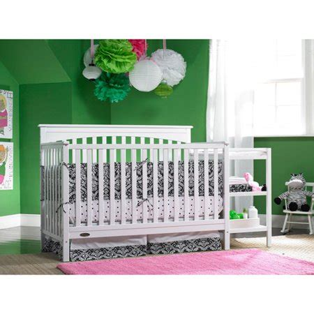 Crib Combos by Graco Woodbridge 4 In 1 Crib Changer Combo White