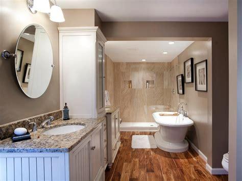 Hardwood Is The Right Choice For A Bathroom Floor