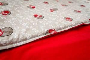 Fabriquer un tapis de parc pour bebe facile et pas cher for Tapis enfant avec coudre un canapé en cuir
