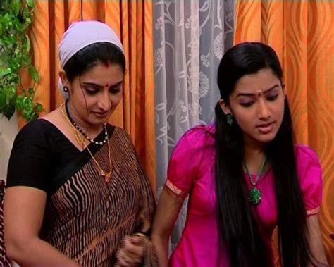 Sujitha In Saree Photos Hd Wallpaper For Actress Actor