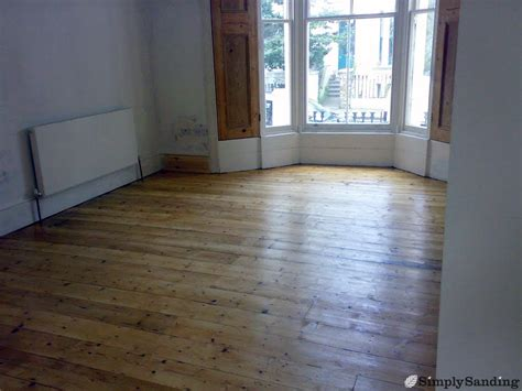 Simply-sanding-wooden-flooring-east-anglia