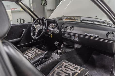 Te koop: Opel Manta 400 met heerlijk interieur - Autoblog.nl