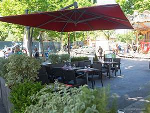 Parasol De Terrasse : parasols de restauration tous les fournisseurs parasol restauration exterieure parasol ~ Teatrodelosmanantiales.com Idées de Décoration