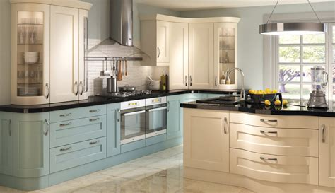 painted shaker style kitchen cabinets painted shaker kitchen cabinets find the best shaker 7315