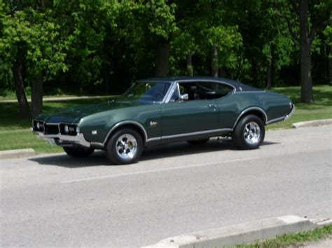 Wlenton 1968 Oldsmobile Cutlass Supreme Specs, Photos
