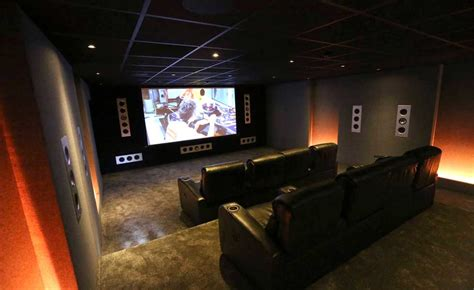 create  home cinema  media room homebuilding