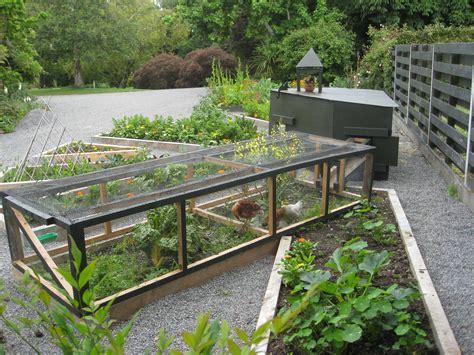 chicken garden design chicken tractor lemoncraft
